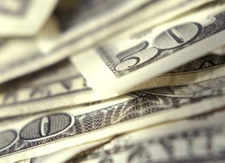 Wibest Broker-FX Market: close-up shot of dollar bills